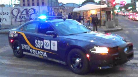 Mexico City Police Unit Df-743-r1 Responding Urgently Code