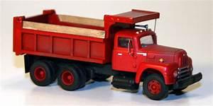 International R190 Dump Truck