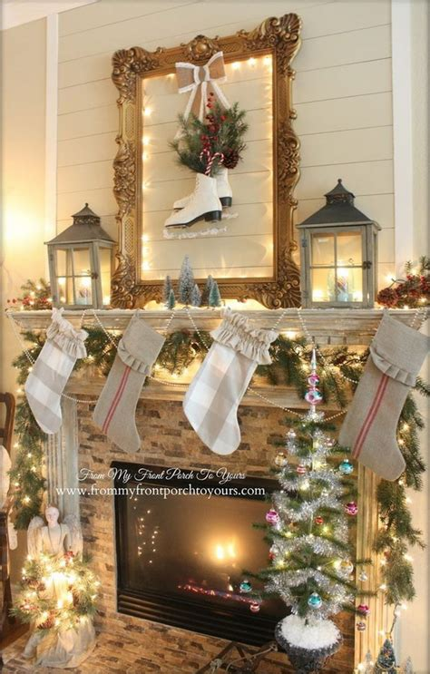 25+ Gorgeous Christmas Mantel Decoration Ideas & Tutorials