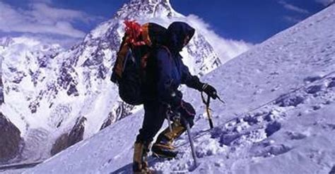 mountain climbing accidents deaths