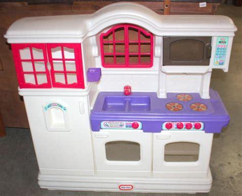 tykes country kitchen tikes kitchen 7135