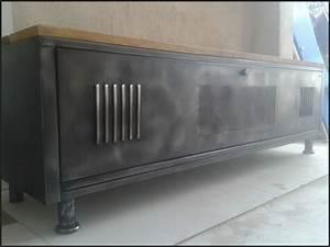 Casier Industriel Metal : meuble tv industriel le blog de la salamandre bleue et de combustible23 ~ Teatrodelosmanantiales.com Idées de Décoration