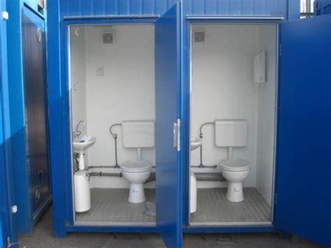 portable toilet unit   flush system container