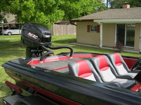 Bullet Bass Boats Review by Hydraulic Boat Lift Plans Center Console Boats For Sale