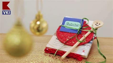 gutschein weihnachtlich verpacken gutscheine sch 246 n verpacken 3 ideen