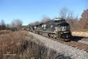 Trains CSX NS