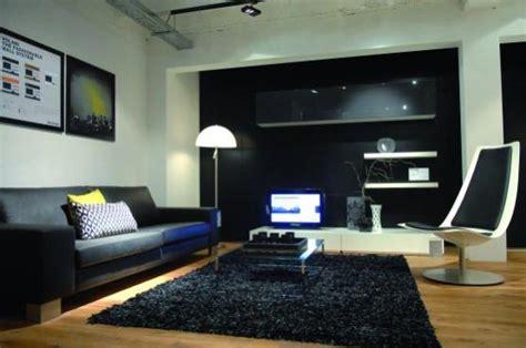quel tapis avec canapé gris salon moderne avec du vert anis