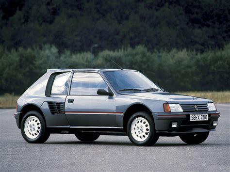 Peugeot 205 T16 by Peugeot 205 T16 1984