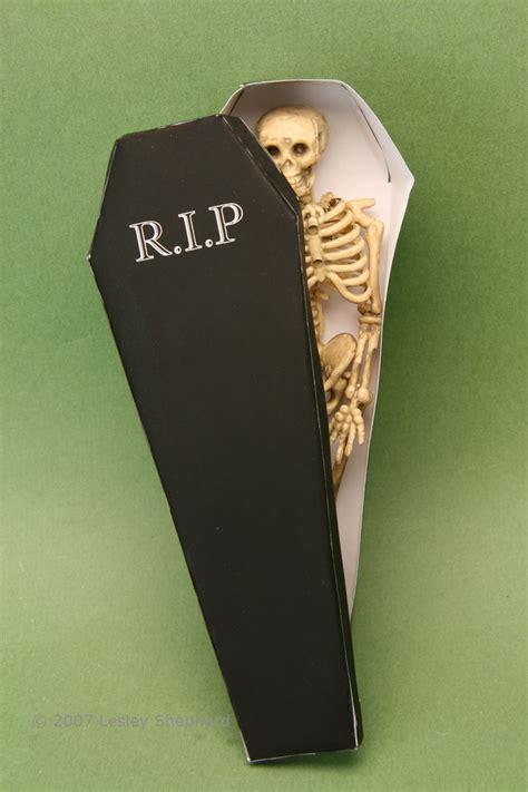 printable coffin boxes  halloween treats