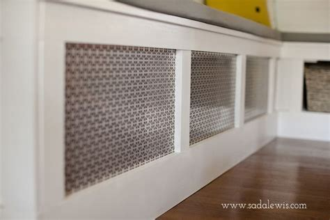 DIY Kitchen Banquette   How to Cover an Air Vent 1