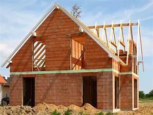 Haus Bauen Was Beachten : einfamilienhaus bauen hausbeispiele anbieter preise ~ Michelbontemps.com Haus und Dekorationen