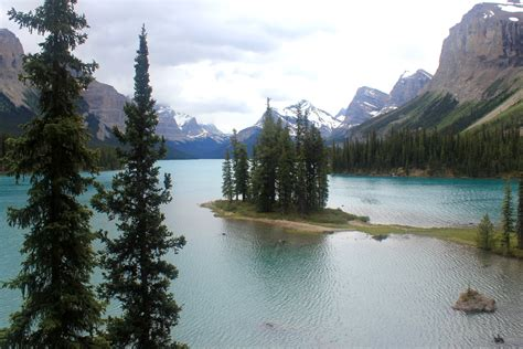 Boat Cruise Maligne Lake Jasper National Park