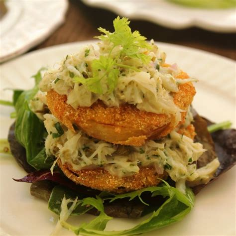 fried green tomatoes  lump crabmeat  daves