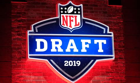 nfl draft updated pick order  day