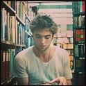 He's Instagram-worthy: Alison's crush on Robert Pattinson ...