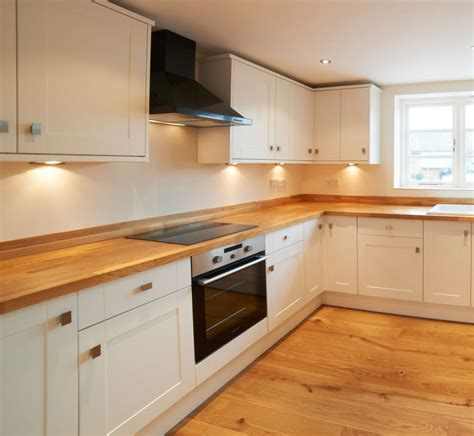 kitchen design norfolk norfolk fitted kitchens fitted kitchens carpentry experts 1287