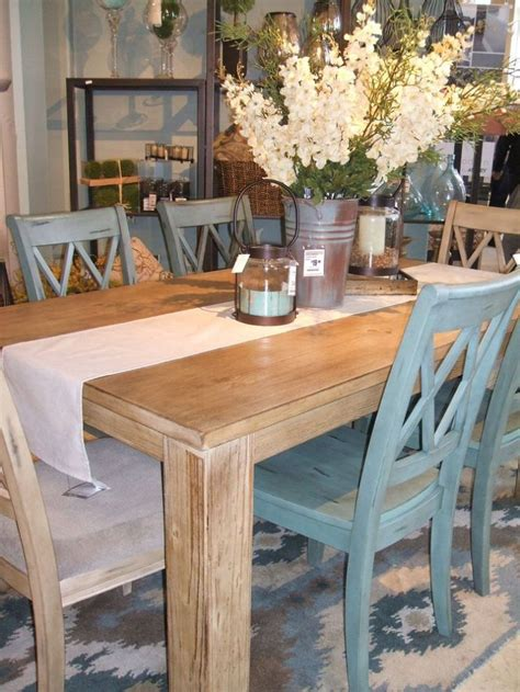 unique farmhouse style kitchen table and chairs ideas