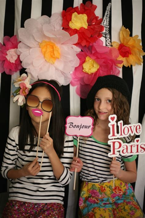Appropriate Curtain Length by Paris Party Photo Booth Activities Amp Fun My Life At
