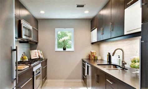 tipos de distribuciones de los muebles en cocinas casa