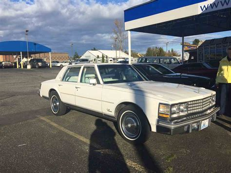 79 Cadillac Seville For Sale by 1976 Cadillac Seville For Sale Classiccars Cc 932052