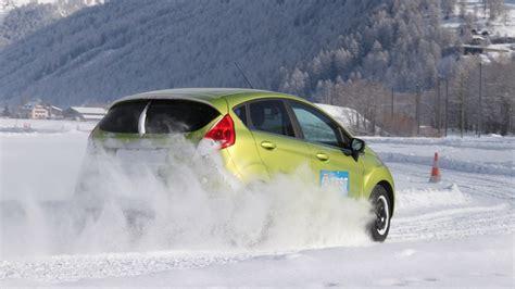 schneeketten test adac platz 5 peugeot 208 68 vti active adac autokosten kleinwagen automativ de das auto magazin