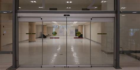Sliding Entrance Doors by Commercial Sliding Glass Entrance Doors Assa Abloy