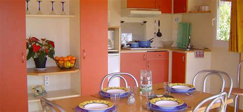 cuisine agen location chalet agen 6 pers camping a l 39 ombre des