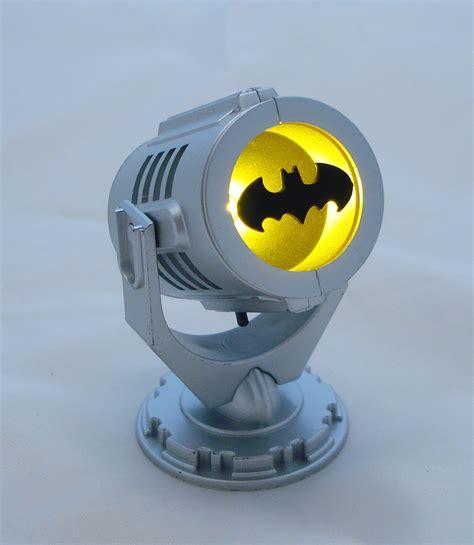batman signal light batman bat signal crazygeektoys