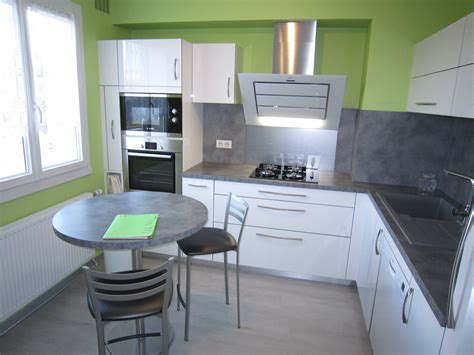 modele cuisine blanc laqué davaus modele cuisine noir laque avec des idées