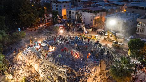 Blue, < 1 day, yellow, < 1 week). Dramatic Rescues After Major Earthquake Kills at Least 39 in Turkey - The New York Times