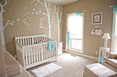 chambre bebe beige 5 décorations pour chambre de bébé où chantent les petits