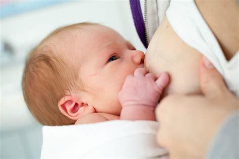 Breastfeeding Vs Bottle Feeding Never Ending Battle