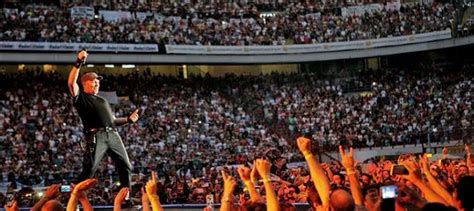 Concerto Vasco Roma Vasco No Stop Torna Con 7 Concerti Negli Stadi
