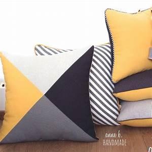 les 25 meilleures idees de la categorie gris bleu jaune With tapis jaune avec housse pour coussin assise canapé