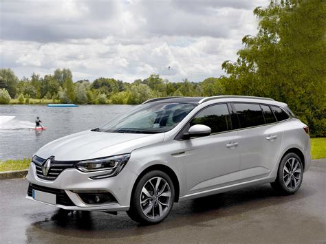2017 Renault Megane St Reviewed Buzz Ie