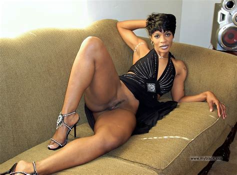 These curvy ebony wives want to be nude and famous. Full-size image #3