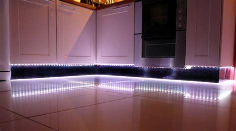 cuisiner la tanche eclairage sous meuble haut cuisine p1140552 nolte