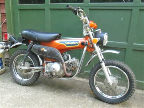Honda 1974 St 90 Motorcycle 3 Speed Semi Automatic