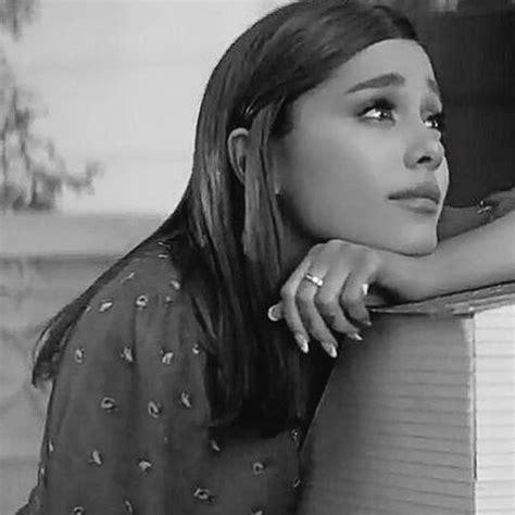 Ariana Grande Personal Pics