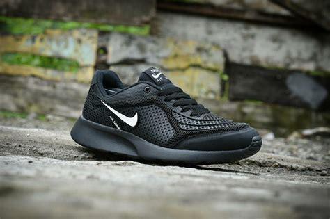 Sepatu Sekolah Warna Hitam Merk Nike Model Terbaru Gambar Sepatu Sneakers Wanita Terbaru Sandal Korea Ukuran Jumbo Puma Skechers Original Katalog Fladeo Twinkle Toes Skecher Kw