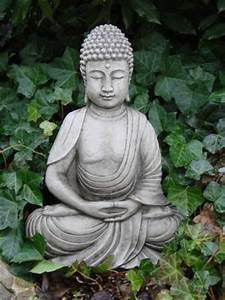 Buddha Figuren Garten Günstig : slim buddha steinguss ~ Bigdaddyawards.com Haus und Dekorationen