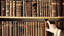 8 interesting career options if you have a History degree ...
