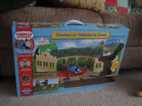 trackmaster thomas at tidmouth sheds set box by