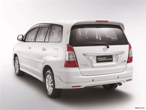 Toyota Kijang Innova Picture by Toyota Grand New Kijang Innova 2011 Pictures 1600x1200