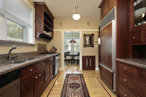 designing  galley kitchen
