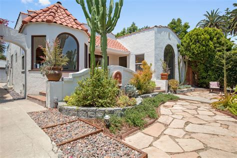 Spanish-style House With Sun Room Asks 9k In Mid-city