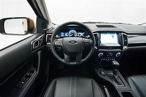 Ford Ranger Interieur : video details the 2019 ford ranger inside and out motor trend ~ Medecine-chirurgie-esthetiques.com Avis de Voitures