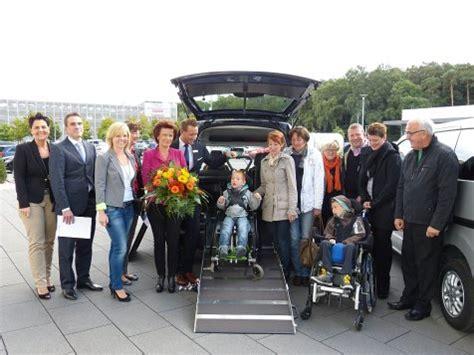behindertengerechtes auto zuschuss ein behindertengerechtes auto f 252 r die eltern paul r f 246 rderprojekte aktion kindertr 228 ume