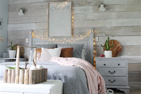 Cozy Bedroom Reveal and a Chalk Painted Pillow - Simple