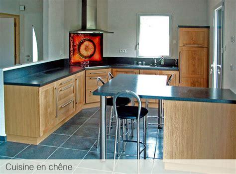 cuisine contemporaine bois massif cuisine en chene massif le bois chez vous